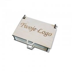 Drewniane pudełko z własnym logo