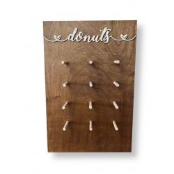 Drewniana ścianka na donuty- Donut Wall bejcowana 40x60