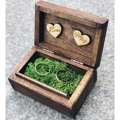 Drewniane pudełko na obrączki brązowe